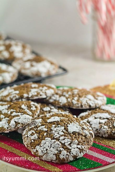 cookie-recipes-low-carb-chocolate-crinkle-cookies-photo-718x1077